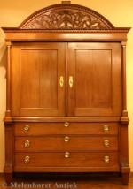 Kabinettschrank