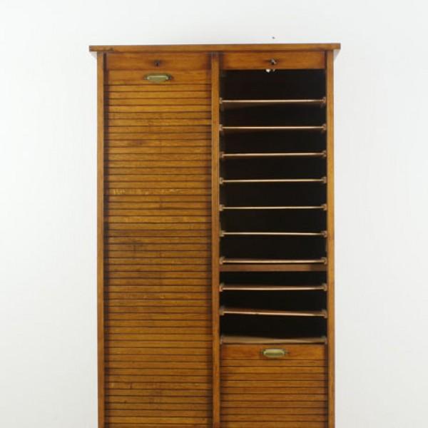 rolladen schrank antike uhren melenhorst. Black Bedroom Furniture Sets. Home Design Ideas