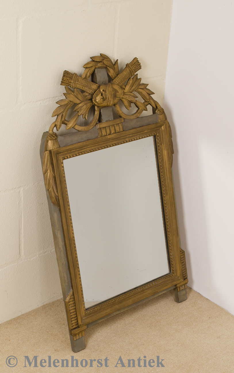 antike spiegel antike uhren melenhorst. Black Bedroom Furniture Sets. Home Design Ideas